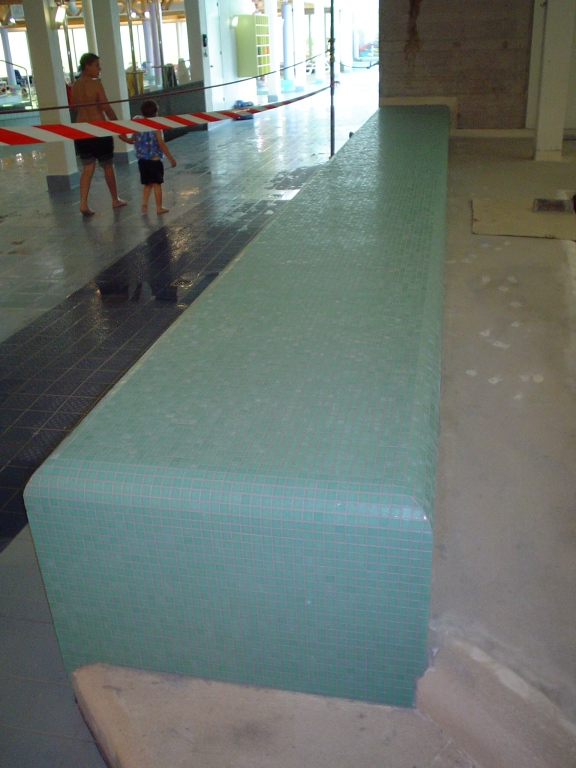 Schwimmbad Wellness004