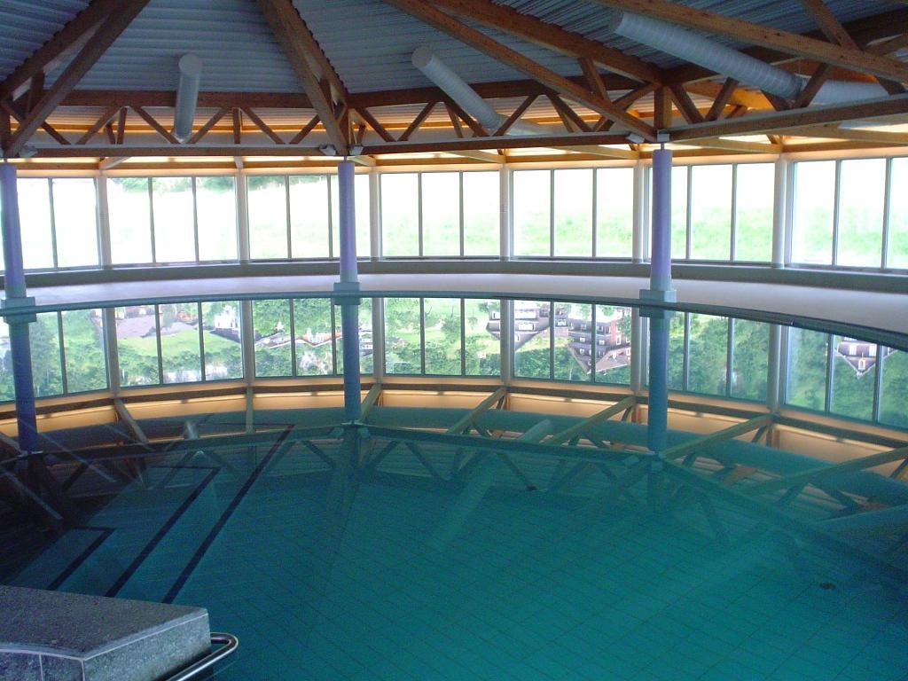 Schwimmbad Wellness016