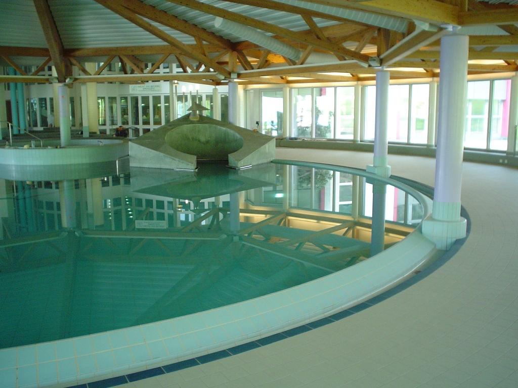 Schwimmbad Wellness019