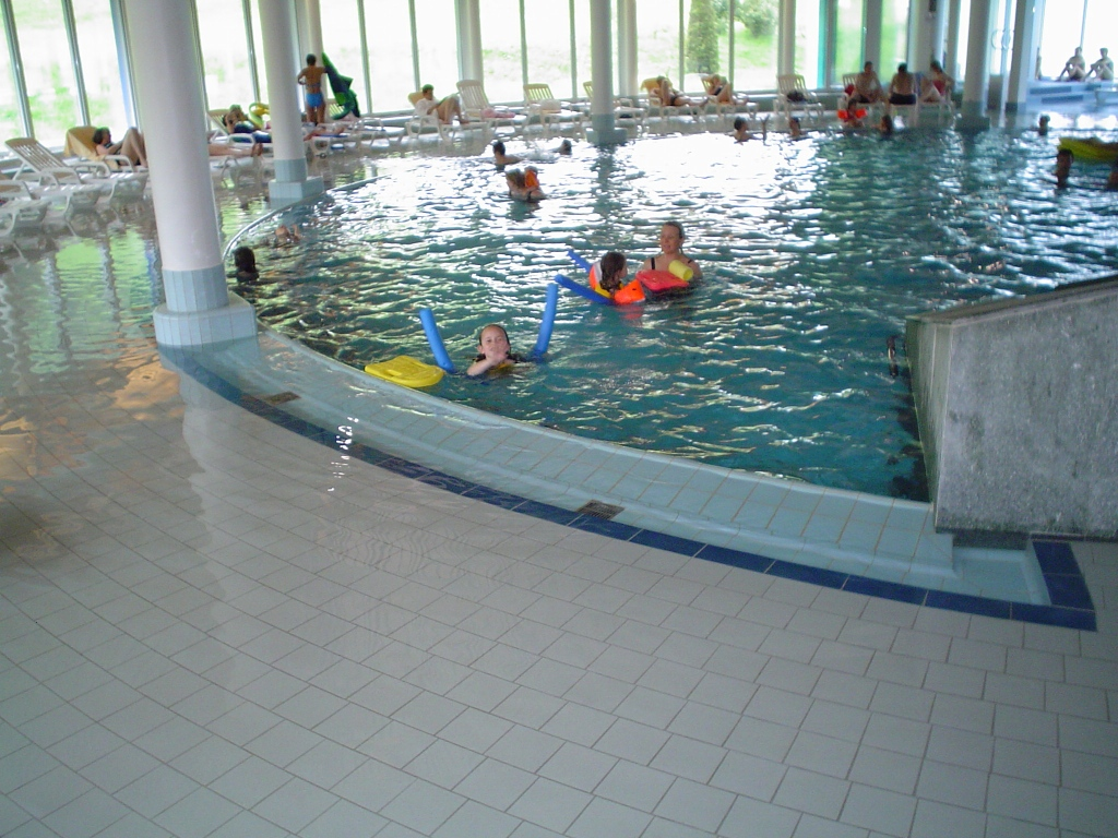Schwimmbad Wellness031